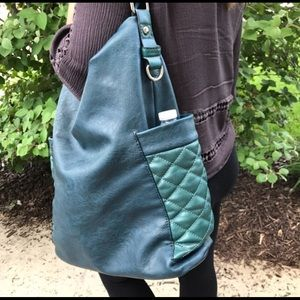 Two tone Teal Tote!